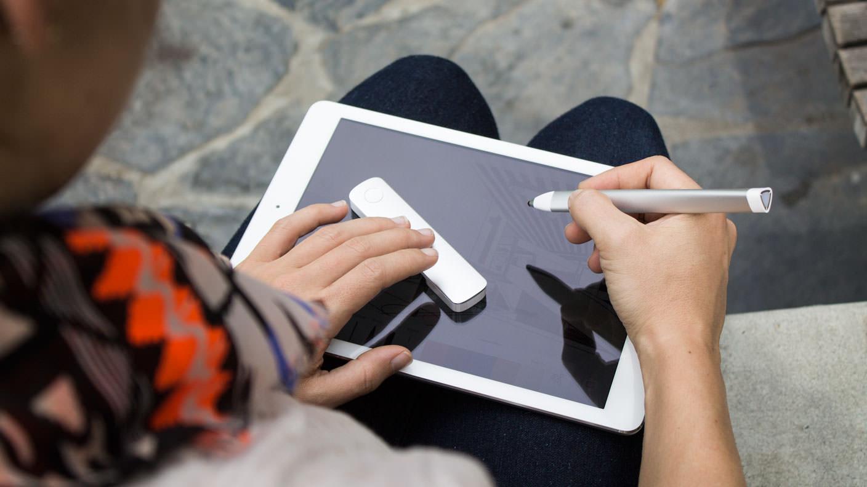 新時代のiPad用ペン&定規ツール・Adobe「Ink & Slide」販売開始